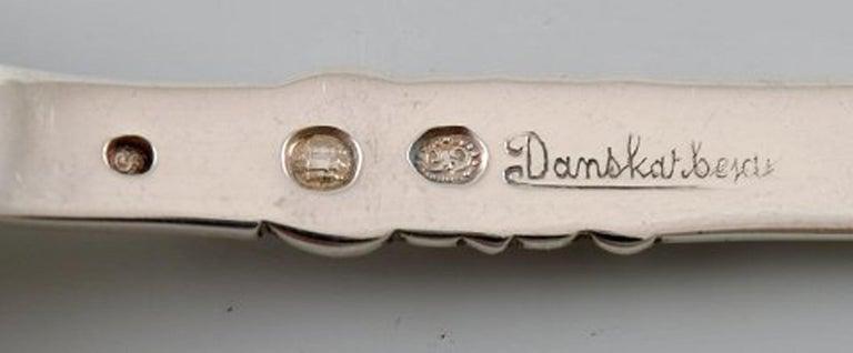 Poul Frigast, Danish silversmith. Set of 12 coffee spoons in silver. In Good Condition For Sale In Copenhagen, Denmark