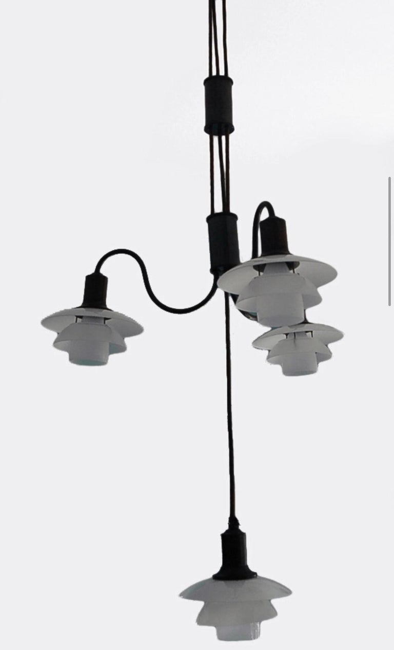 Mid-Century Modern Poul Henningsen Adjustable-Height 4 Lamp Chandelier 2/2 White Shades For Sale