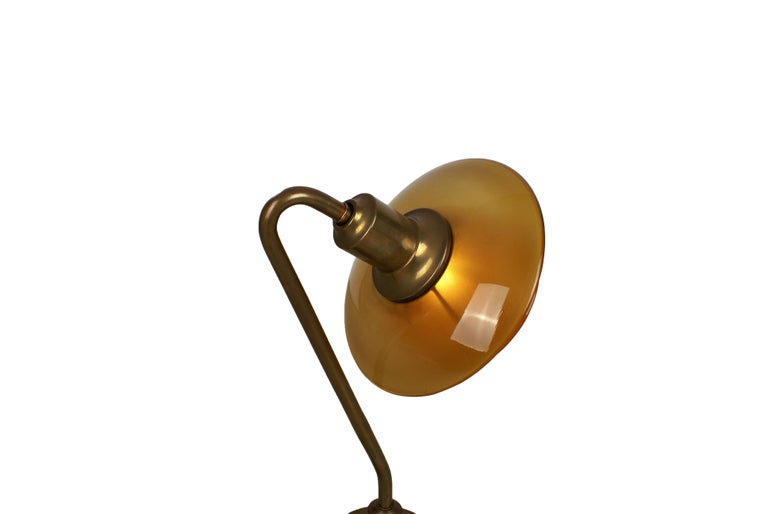 Scandinavian Modern Poul Henningsen 2/2 Snowdrop Desk Lamp in Brass with Amber Colored Glass, 1930s For Sale