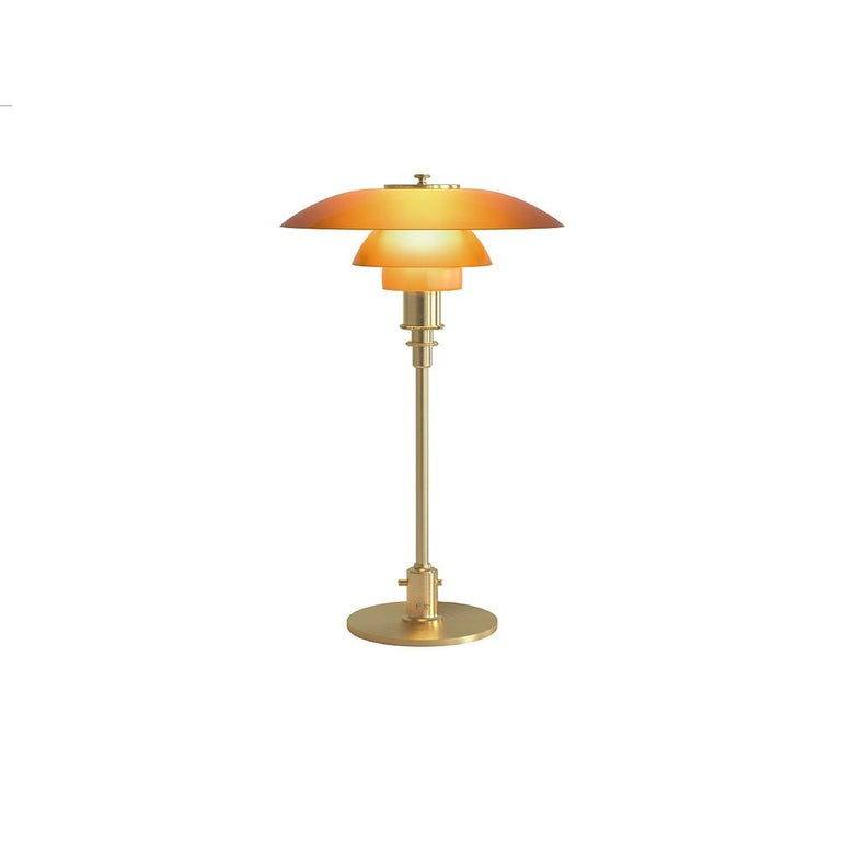 To honour the ingenious work of Poul Henningsen lighting designs, manufacturer Louis Poulsen occasionally issues limited editions of the early legendary designs by Henningsen (1894-1967). This also applies to this PH 3/2 'Amber' table lamp,