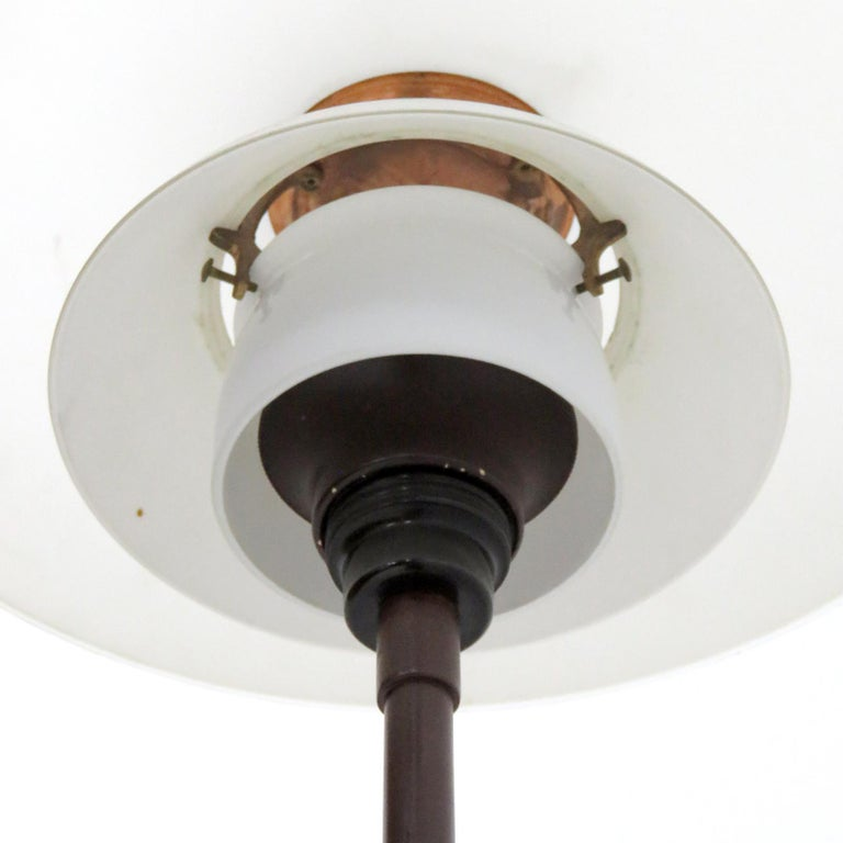 Poul Henningsen PH 4/3 Floor Lamp, 1930 In Good Condition For Sale In Los Angeles, CA