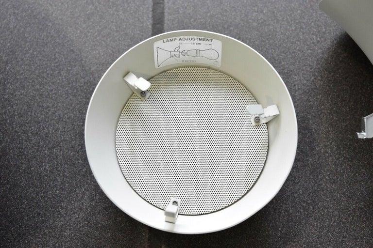 Poul Henningsen PH Snowball Pendant Lamp by Louis Poulsen, Denmark In Excellent Condition For Sale In Krefeld, DE