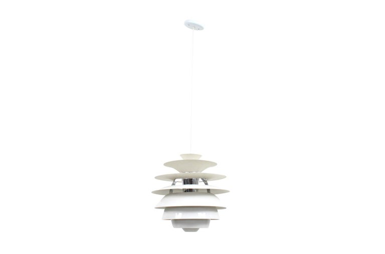 Poul Henningsen Snowball Pendant In Good Condition For Sale In Belmont, MA