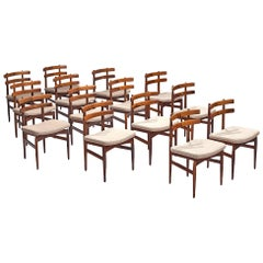 Poul Hundevad Large Set of Fourteen Dining Chairs in Rosewood, Denmark, 1960s