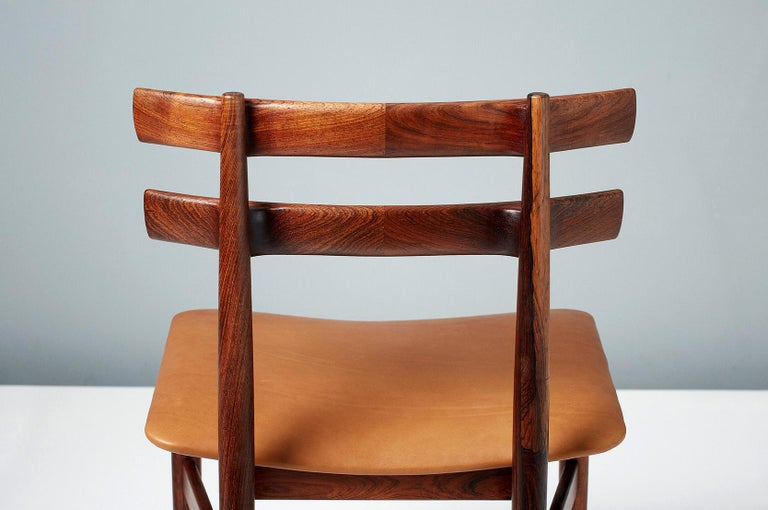 Poul Hundevad Model 30 Rosewood Dining Chairs For Sale 4