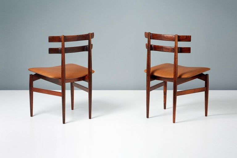 Scandinavian Modern Poul Hundevad Model 30 Rosewood Dining Chairs For Sale