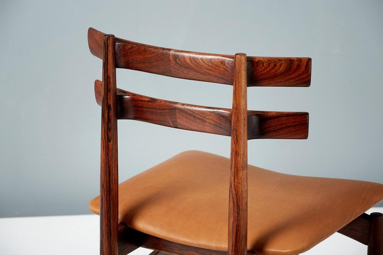 Danish Poul Hundevad Model 30 Rosewood Dining Chairs For Sale