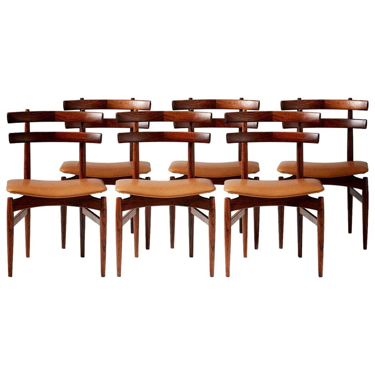 Poul Hundevad Model 30 Rosewood Dining Chairs For Sale