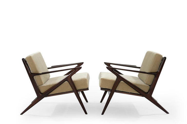 Mid-Century Modern Poul Jensen for Selig 'Z' Lounge Chairs, Denmark, circa 1950s For Sale