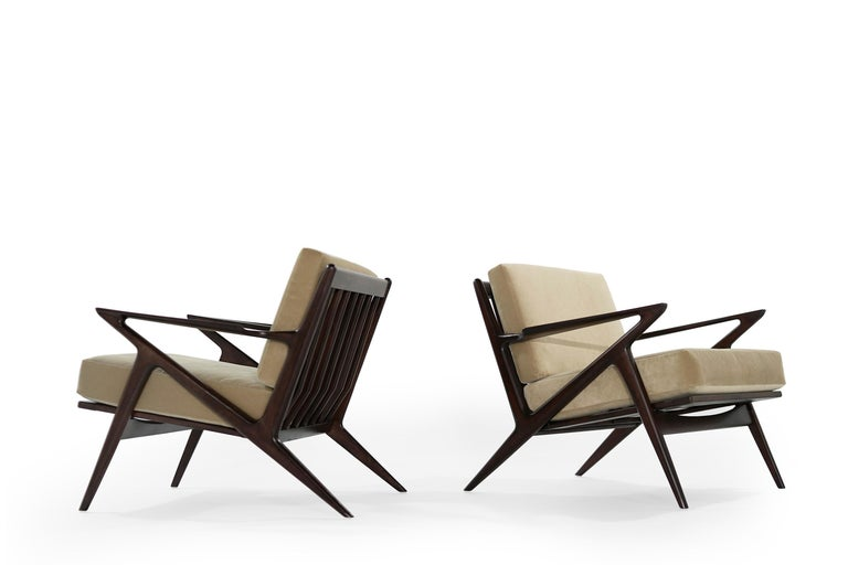 Poul Jensen for Selig 'Z' Lounge Chairs, Denmark, circa 1950s In Excellent Condition For Sale In Stamford, CT