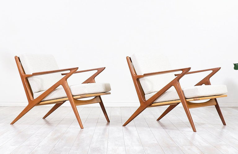 Mid-20th Century Poul Jensen Z Teak Lounge Chairs for Selig For Sale