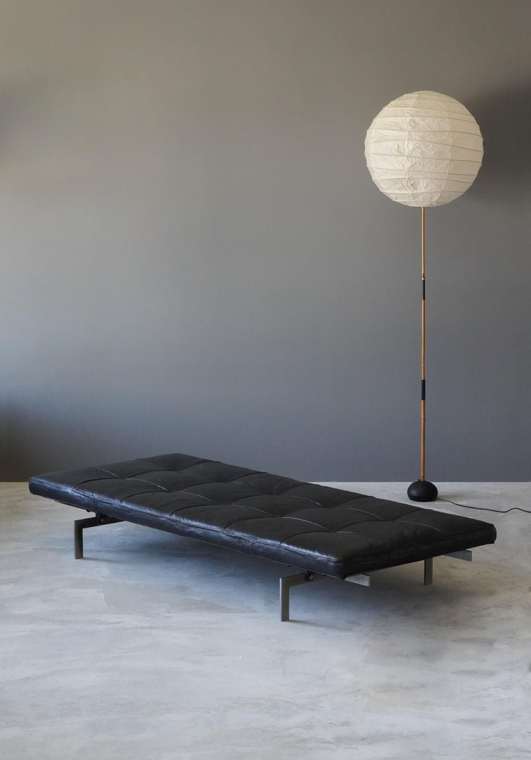 Poul Kjaerholm, Early Daybed, Orginal Leather, Steel, Plywood E Kold Christensen For Sale 4