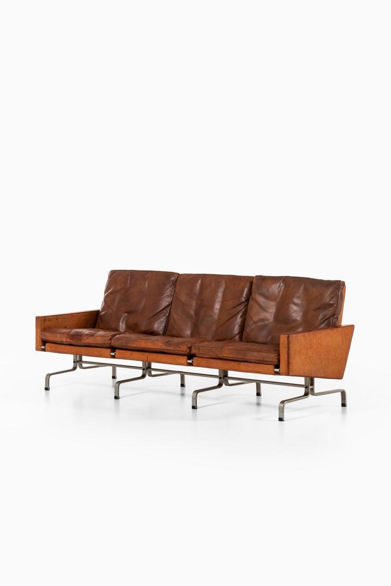 Poul Kjærholm PK-31/3 Sofa by E. Kold Christensen in Denmark For Sale 3