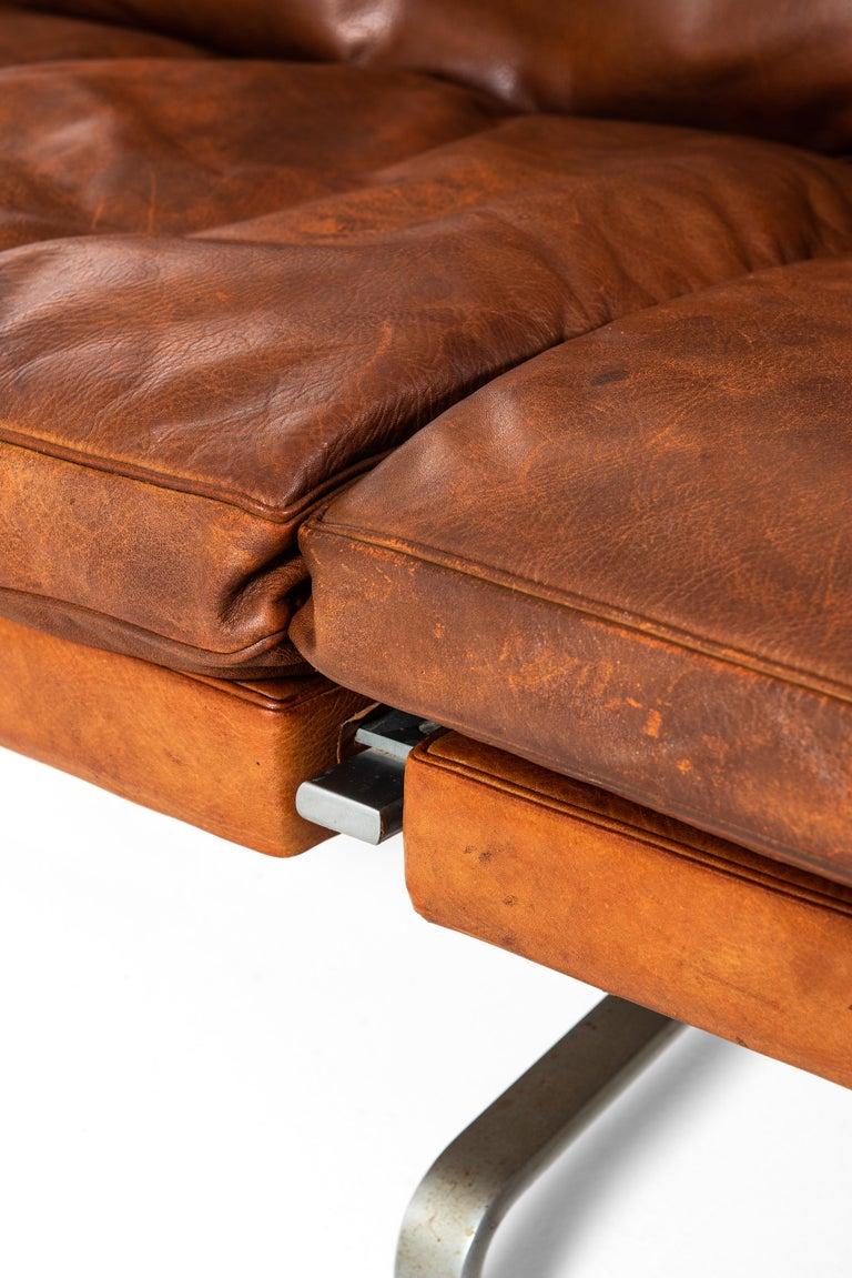 Poul Kjærholm PK-31/3 Sofa by E. Kold Christensen in Denmark For Sale 4