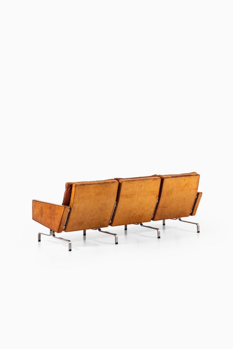 Poul Kjærholm PK-31/3 Sofa Produced by E. Kold Christensen in Denmark For Sale 3