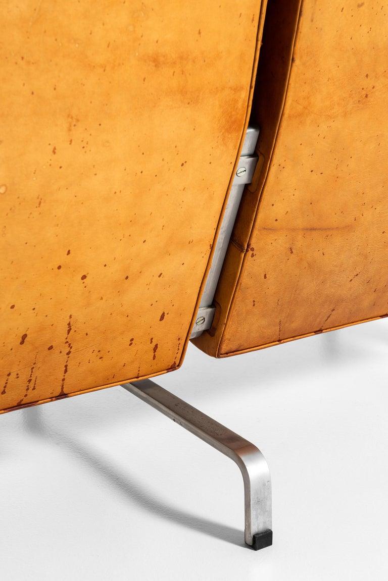 Poul Kjærholm PK-31/3 Sofa Produced by E. Kold Christensen in Denmark For Sale 4