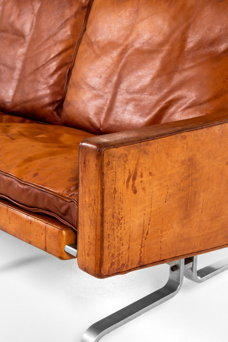 Poul Kjærholm PK-31/3 Sofa Produced by E. Kold Christensen in Denmark In Good Condition For Sale In Malmo, SE