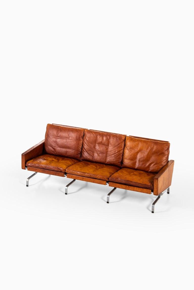 Mid-20th Century Poul Kjærholm PK-31/3 Sofa Produced by E. Kold Christensen in Denmark For Sale