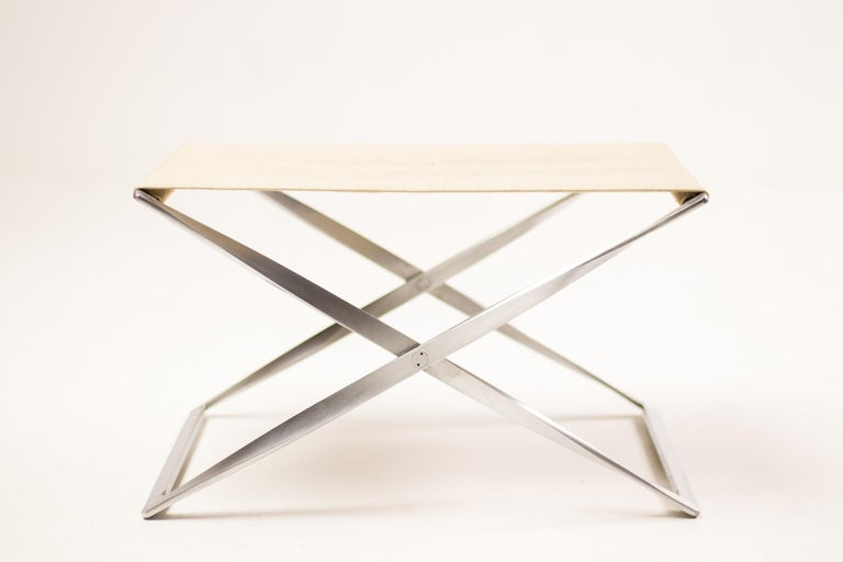 Beautiful and rare PK91 folding stool in canvas by Poul Kjærholm. Designed in 1961. Manufactured by E. Kold Christensen A/S, Copenhagen, Denmark. Great vintage condition.