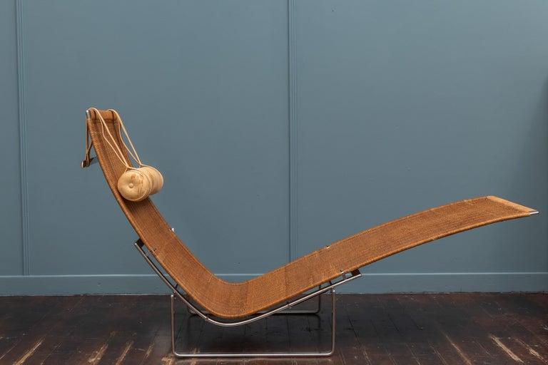 Scandinavian Modern Poul Kjaerholm PK24 Chaise Lounge For Sale