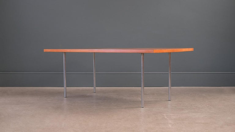 Poul Kjærholm PK41 Table In Good Condition For Sale In Epperstone, Nottinghamshire
