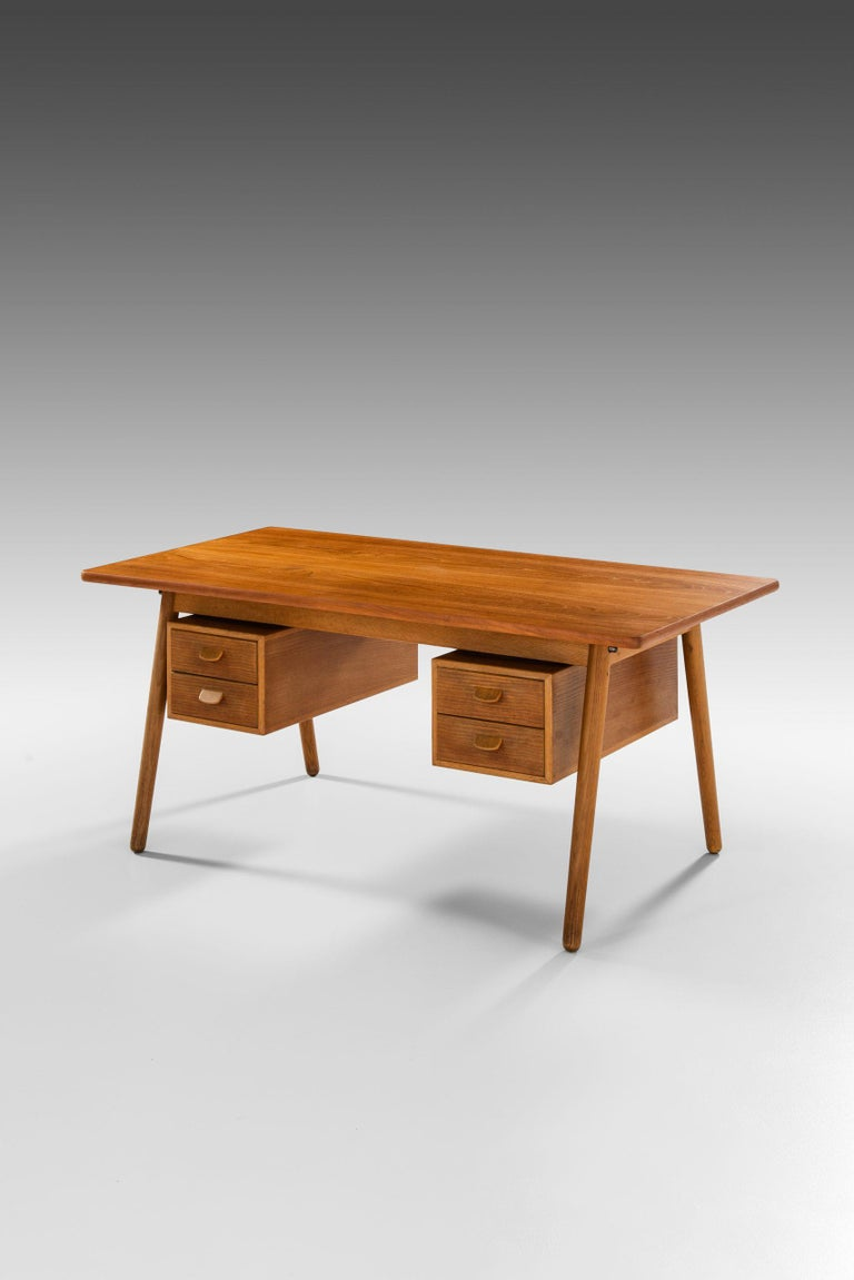 Poul Volther Desk Produced by FDB Møbler in Denmark For Sale 4