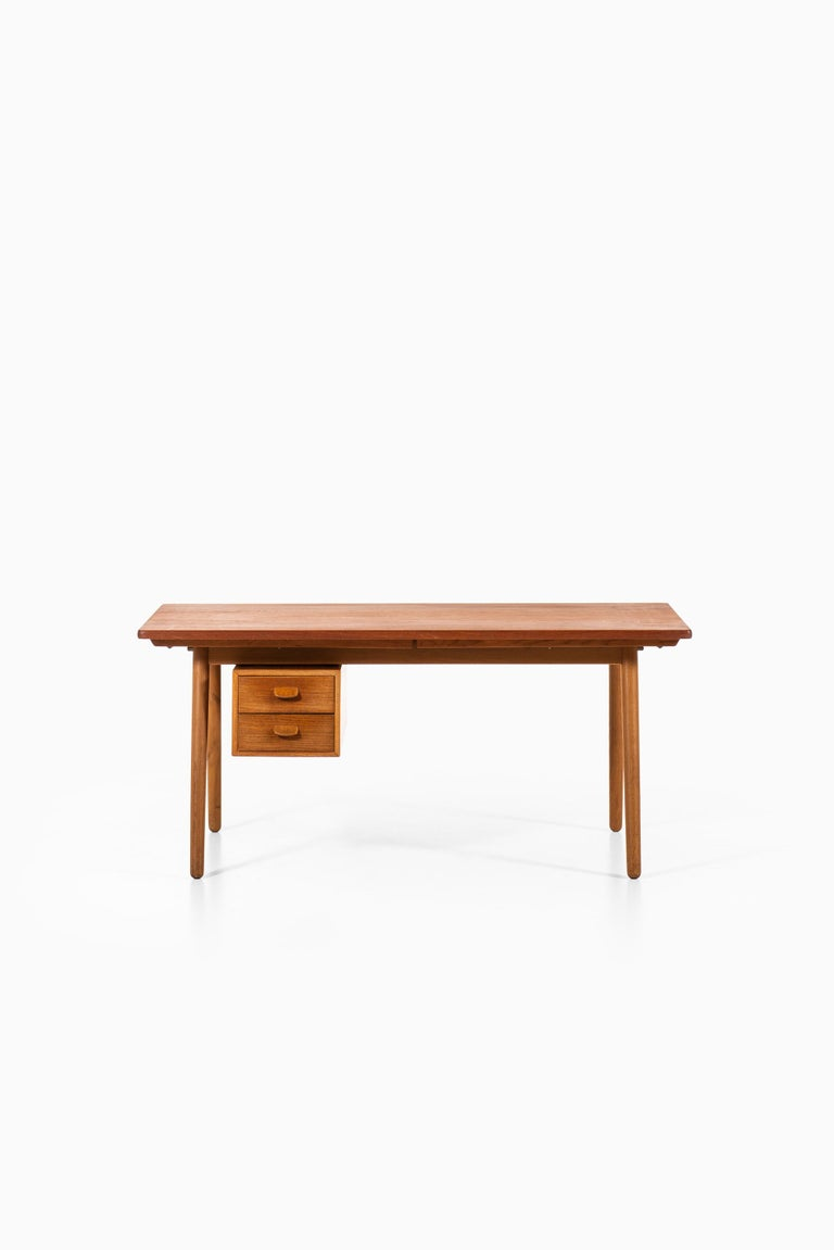 Very rare desk designed by Poul Volther. Produced by FDB Møbler in Denmark.