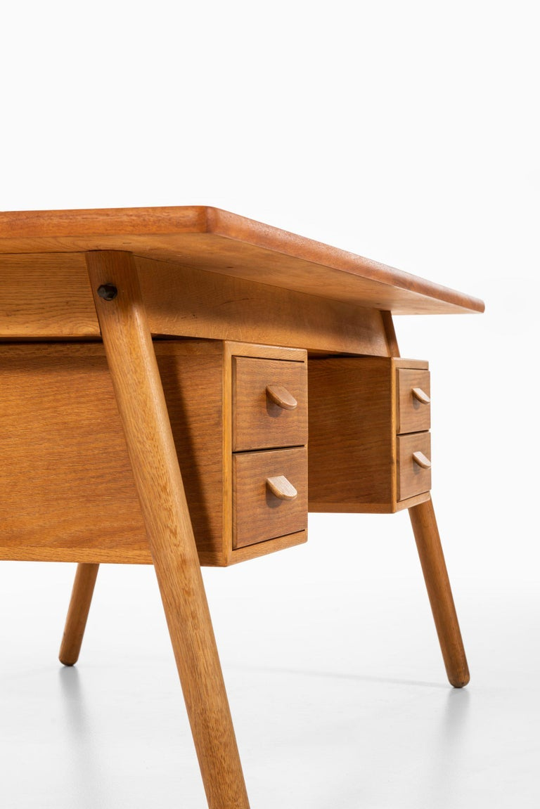 Poul Volther Desk Produced by FDB Møbler in Denmark For Sale 1