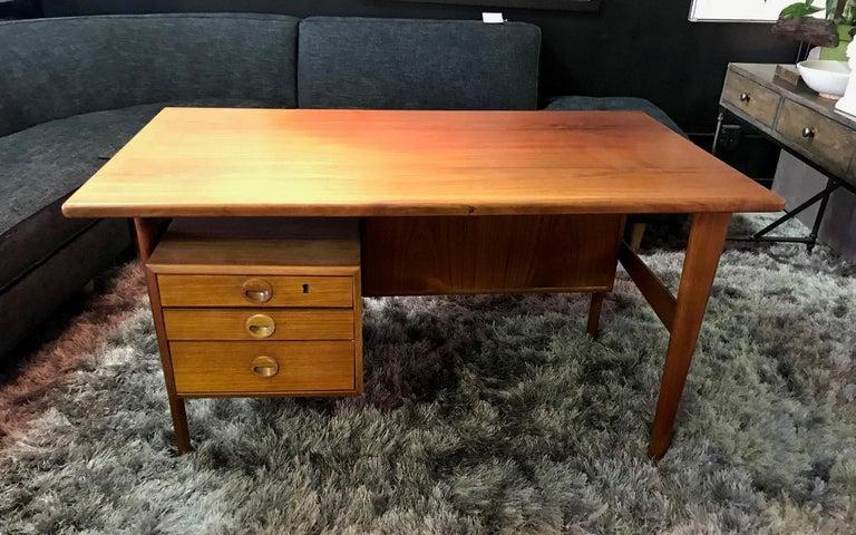 Povl Dinesen Midcentury Teak Desk and Chair by Danish Designer Kai Kristiansen For Sale 10