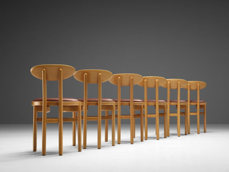 Pozzi Italian Dining Chairs in Beech  In Good Condition For Sale In Waalwijk, NL