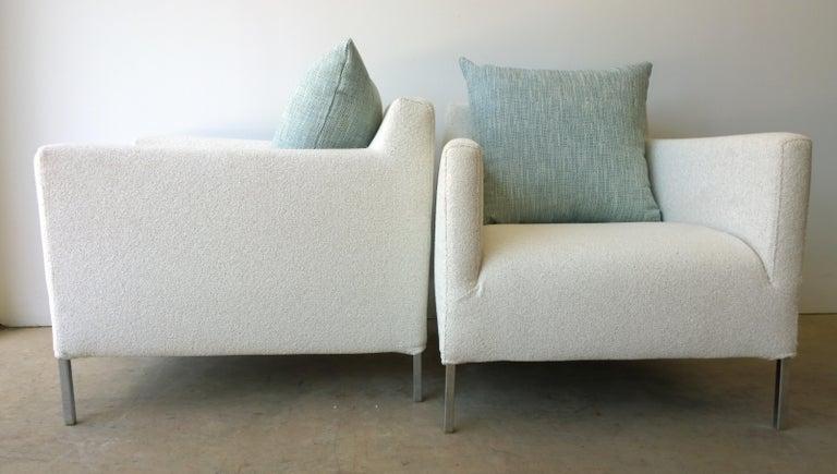 Italian Pr B&B Italia Lounge Chairs w/ Chrome Legs & New White Upholstered Slip Covers For Sale