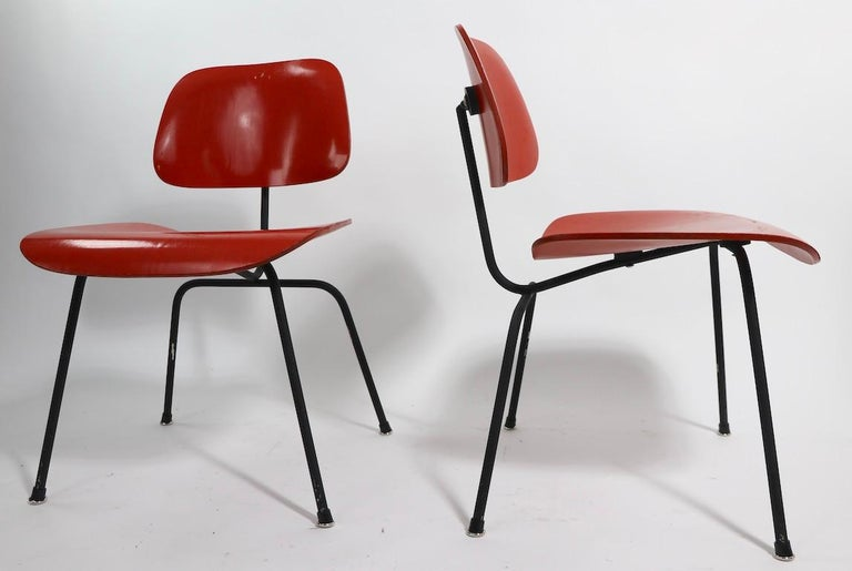 Pair of Eames DCM Herman Miller Dining Chairs For Sale 4