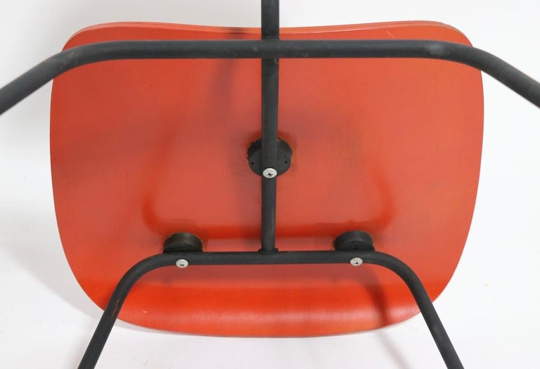 Pair of Eames DCM Herman Miller Dining Chairs For Sale 9