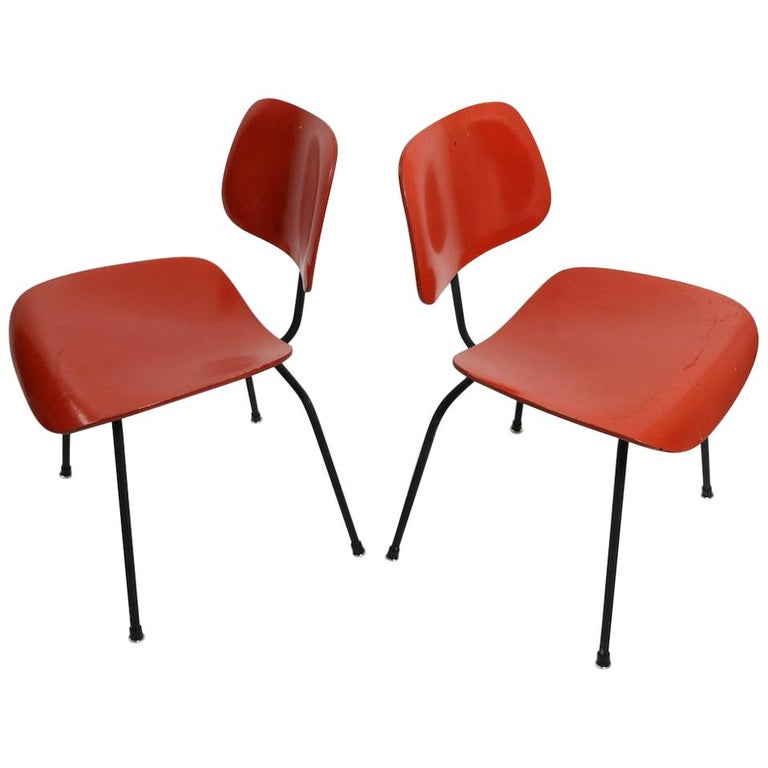 Pair of Eames DCM Herman Miller Dining Chairs For Sale