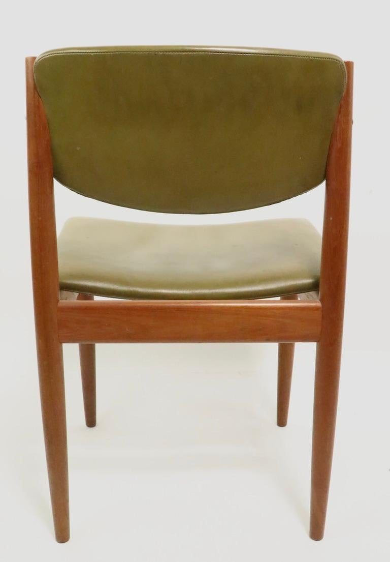 Pair of Finn Juhl for France and Son Dining Chairs For Sale 3