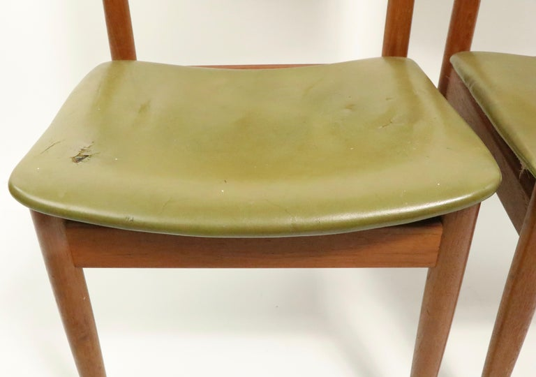 Pair of Finn Juhl for France and Son Dining Chairs For Sale 4
