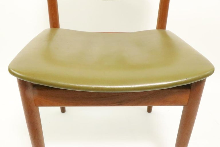Pair of Finn Juhl for France and Son Dining Chairs In Good Condition For Sale In New York, NY