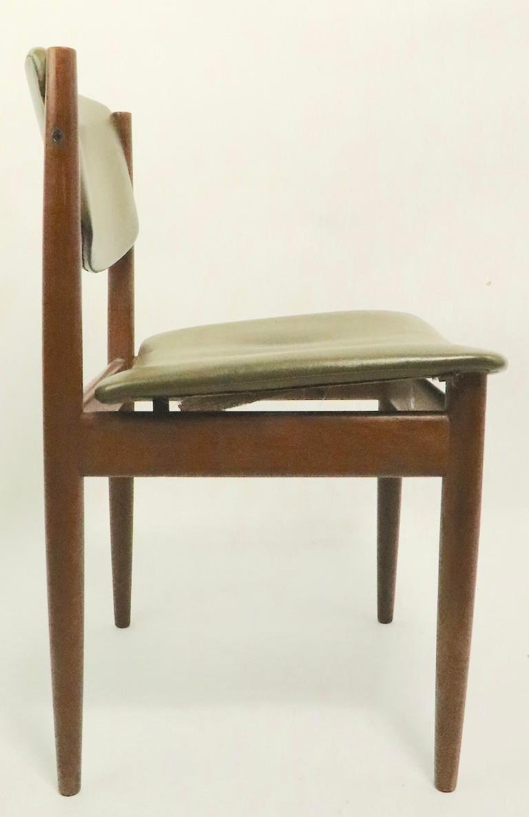 Pair of Finn Juhl for France and Son Dining Chairs For Sale 2