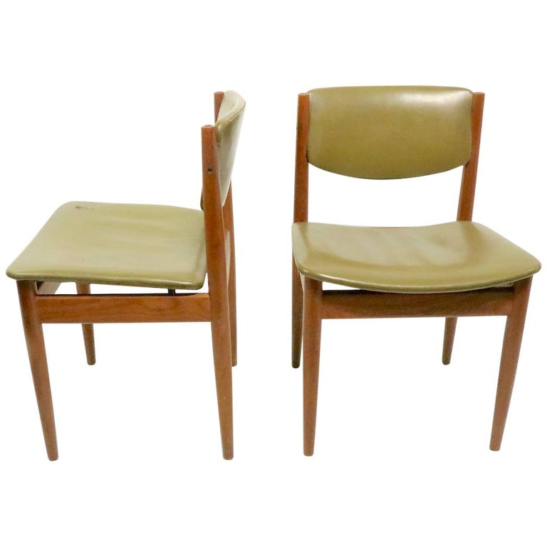 Pair of Finn Juhl for France and Son Dining Chairs For Sale