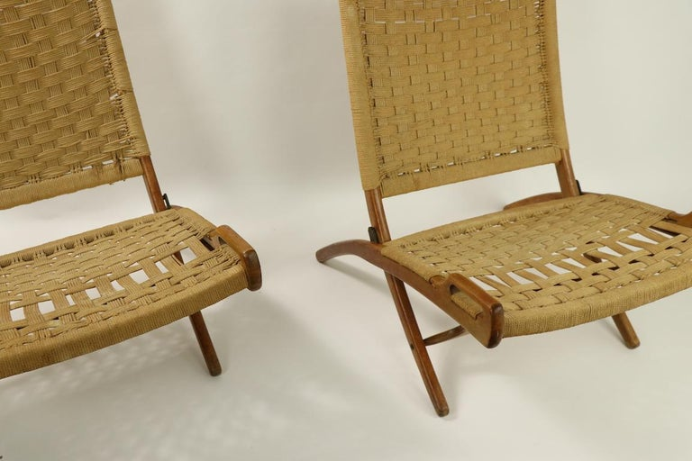 Pair of Folding Scissor Chairs Made in Italy after Wegner For Sale 10