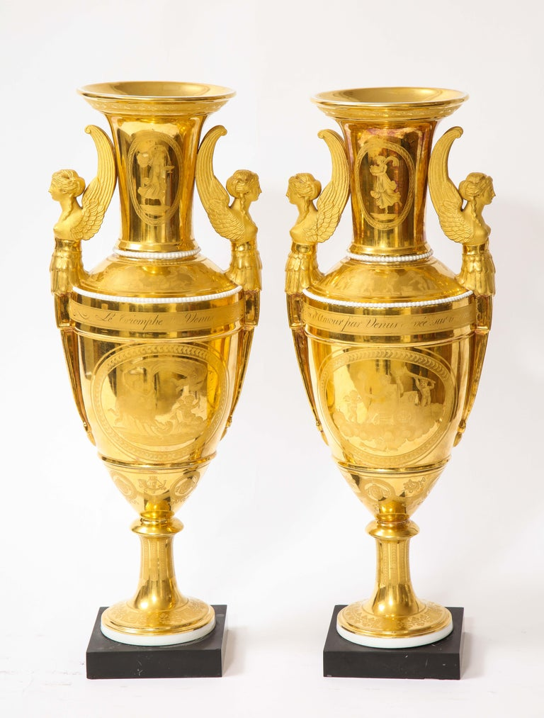 Pair of First-Empire Period 2-Handled Porcelain Vases with Westall Venus Scenes In Good Condition For Sale In New York, NY