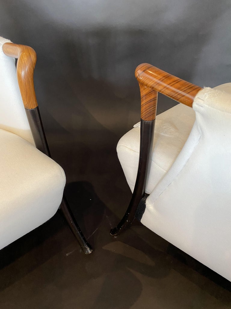 Italian Modern Walnut & Ebonized Club Chairs, Umberto Asnago for Giorgetti, Pair In Good Condition For Sale In Miami, FL