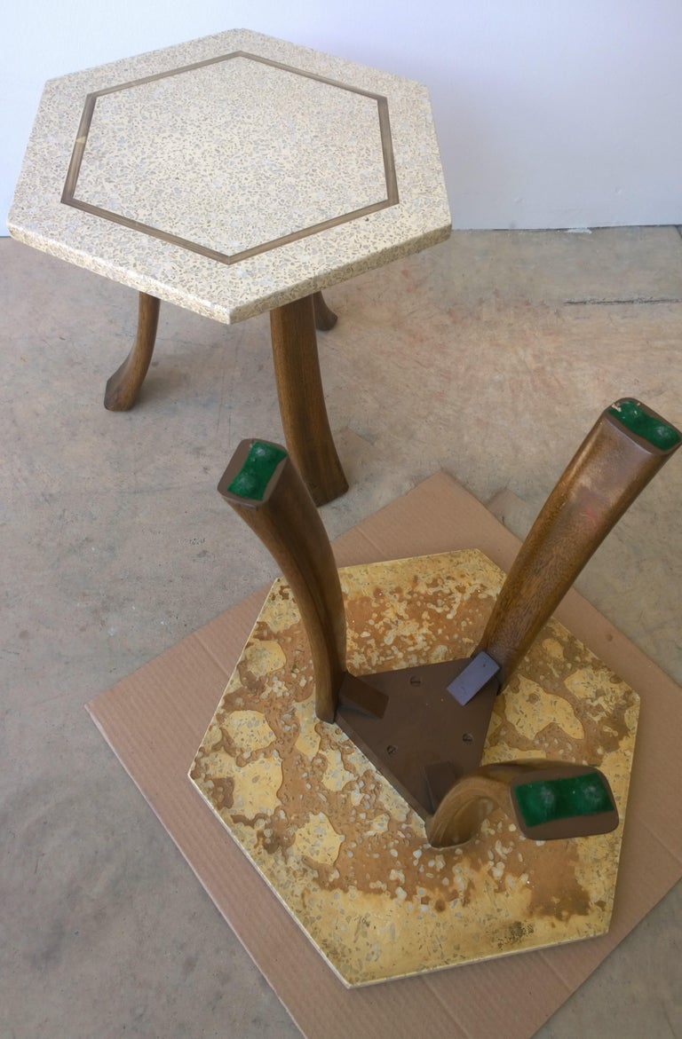 Pair of Probber Blue, White, Brown and Gold Terrazzo Mahogany Tripod Side Tables For Sale 10