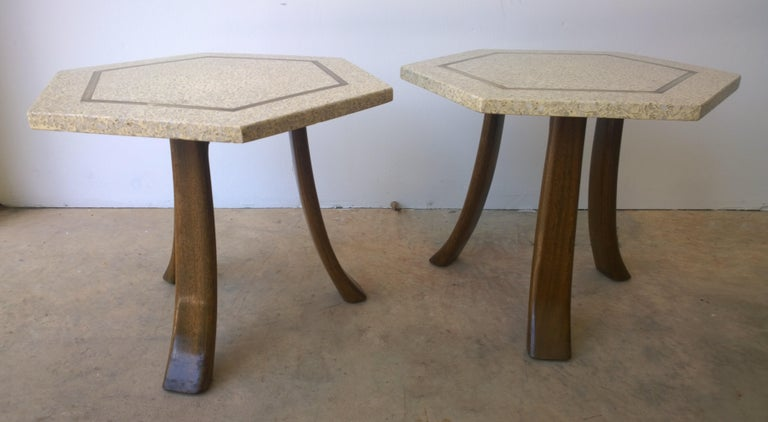 20th Century Pair of Probber Blue, White, Brown and Gold Terrazzo Mahogany Tripod Side Tables For Sale