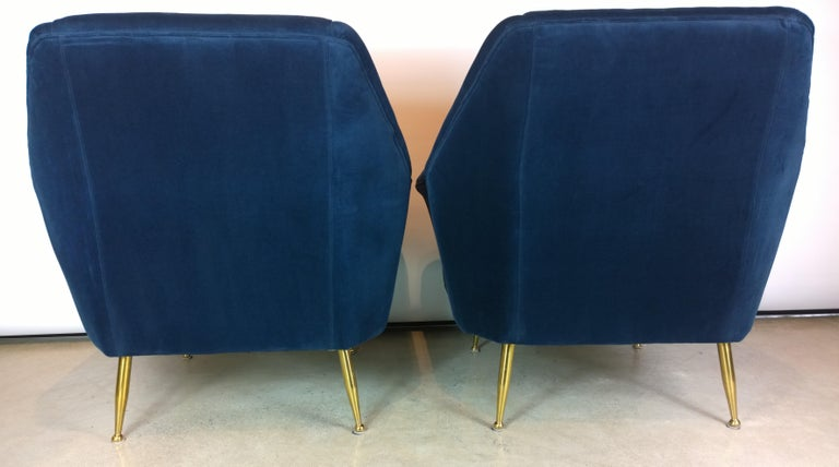 Pair of Zanuso Style Navy Blue Velvet and Brass Legs Lounge or Armchairs For Sale 2
