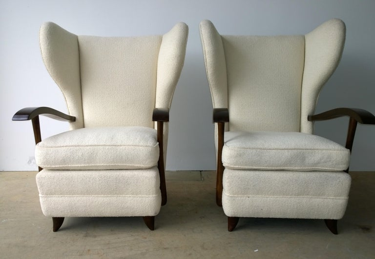 Mid-Century Modern Pair of Paola Buffa Mahogany Frame and White Wool Boucle Arm or Lounge Chairs For Sale