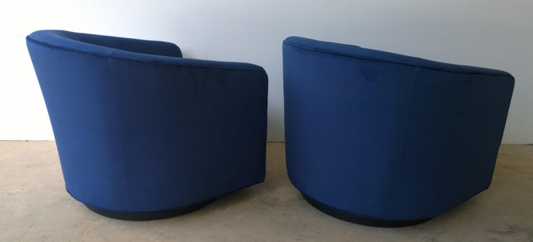 Pair of Baughman Style New Blue Cotton Velvet Swivel Chairs w/ Ebony Wood Bases For Sale 4