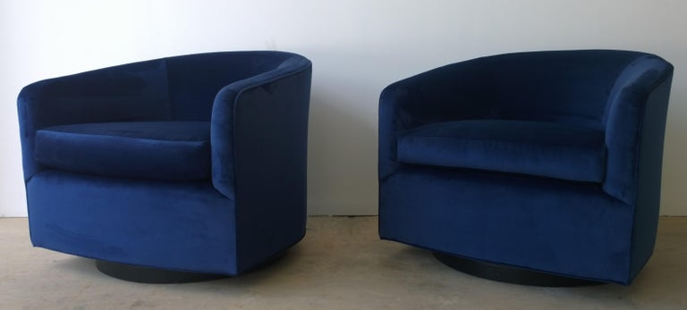 Mid-Century Modern Pair of Baughman Style New Blue Cotton Velvet Swivel Chairs w/ Ebony Wood Bases For Sale