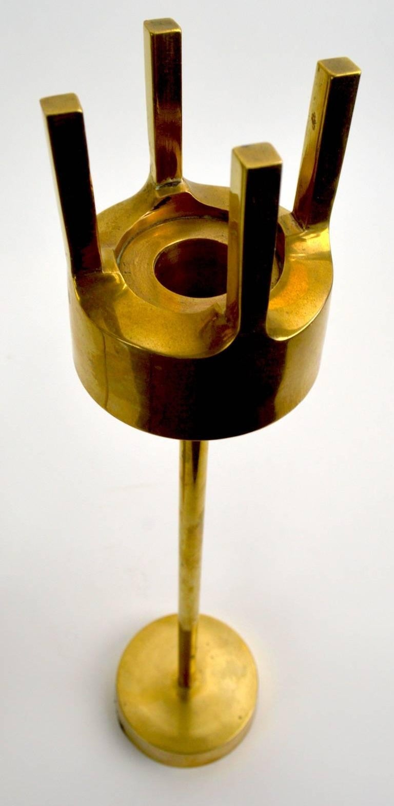 Pair of Modernist Brass Candlesticks in the Style of Pierre Forsell for Skultuna For Sale 1