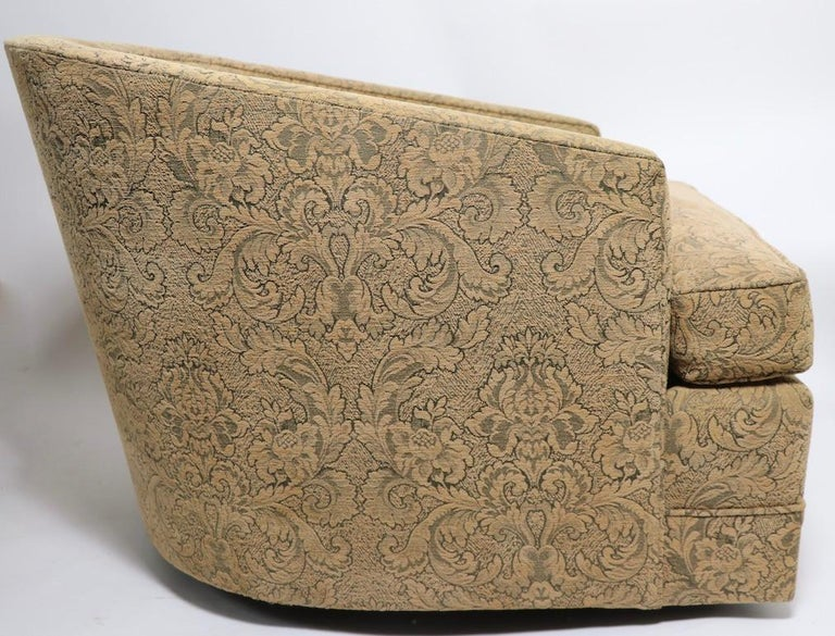 Pair of Swivel Tub Chairs in Chenille Damask For Sale 2